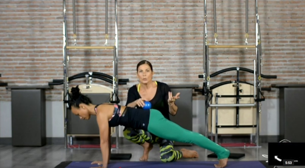 Everyday Pilates Series – 3 – The Plank – YouTube 2020-04-01 02-18-48